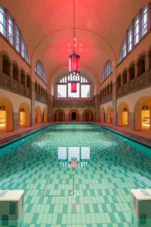 La piscine dans l'école GLS