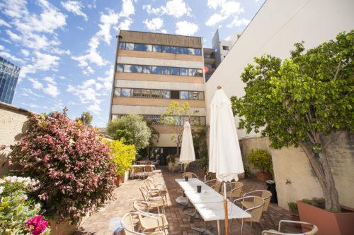 La terrasse de l'école Milner à Perth